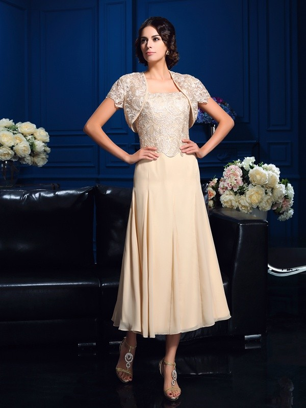 Amazing A-Line Square Sleeveless Short Chiffon Mother of the Bride Dress