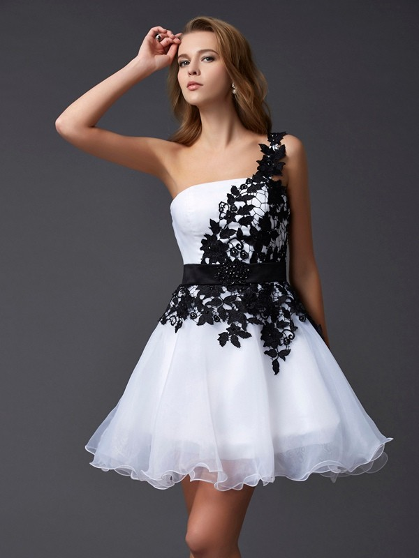Beautiful A-Line One-Shoulder Sleeveless Lace Short Organza Homecoming Dress