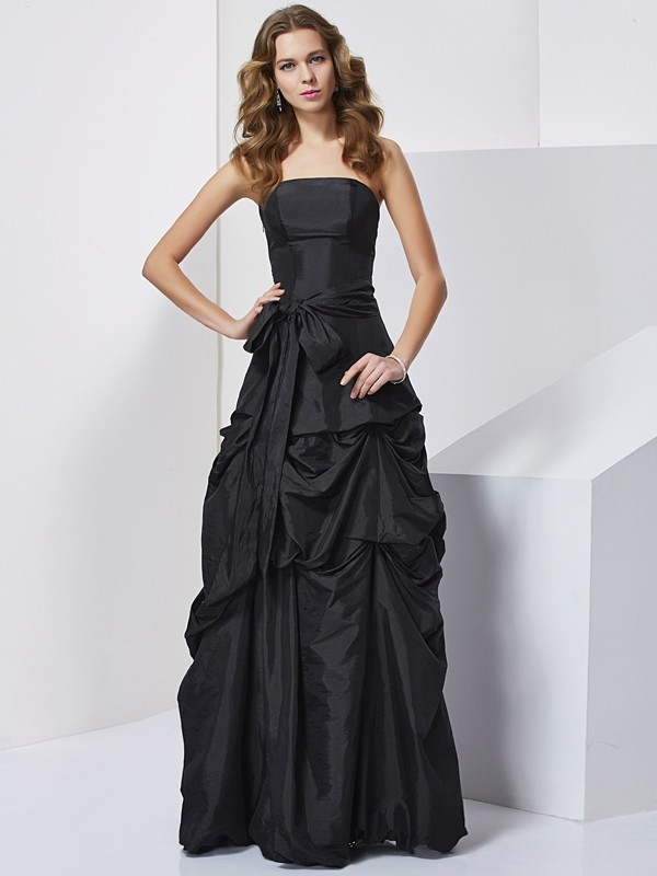 Elegant Sheath Strapless Sleeveless Long Taffeta Dress