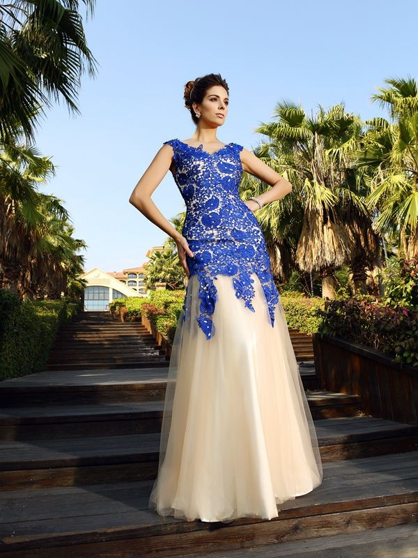 Classical Sheath V-neck Sleeveless Long Net Dress