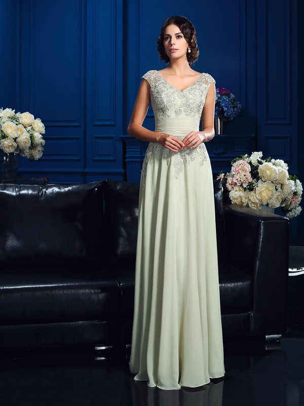 Amazing A-Line V-neck Sleeveless Long Chiffon Mother of the Bride Dress