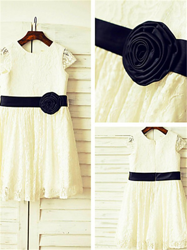 Exquisite A-line Scoop Short Sleeves Tea-Length Lace Flower Girl Dress