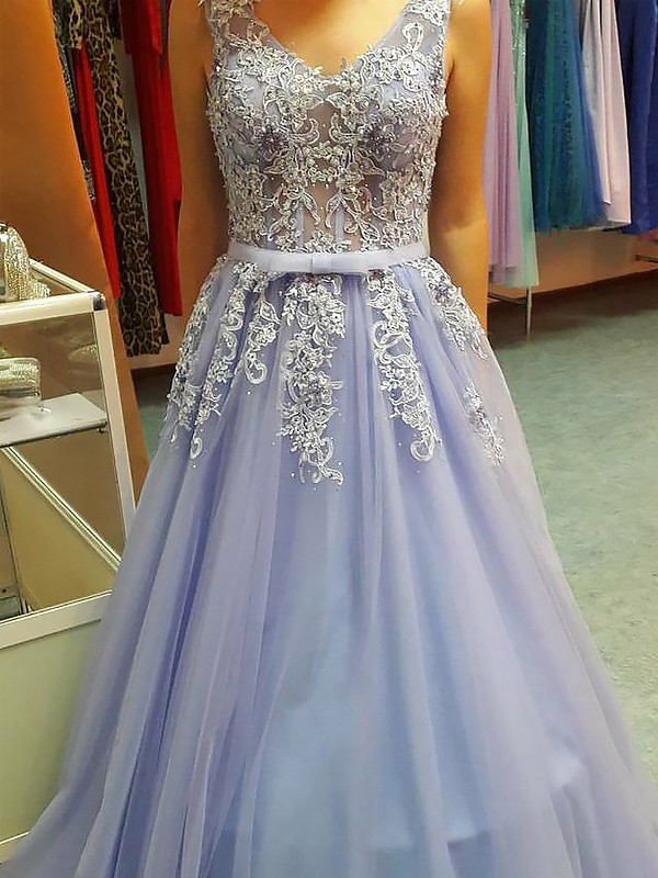Gorgeous A-Line V-neck Sleeveless Floor-Length Tulle Dress
