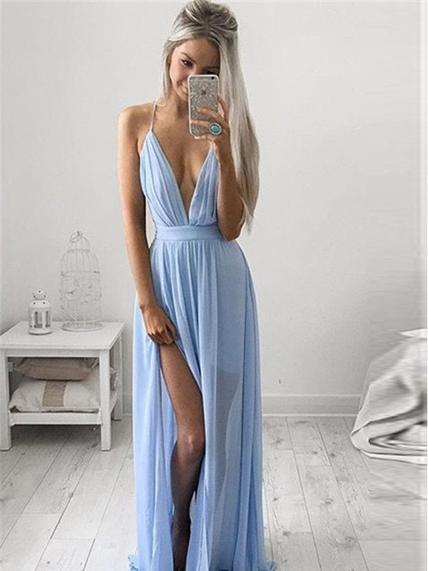 Stunning A-Line Spaghetti Straps Sleeveless Chiffon Floor-Length Dress