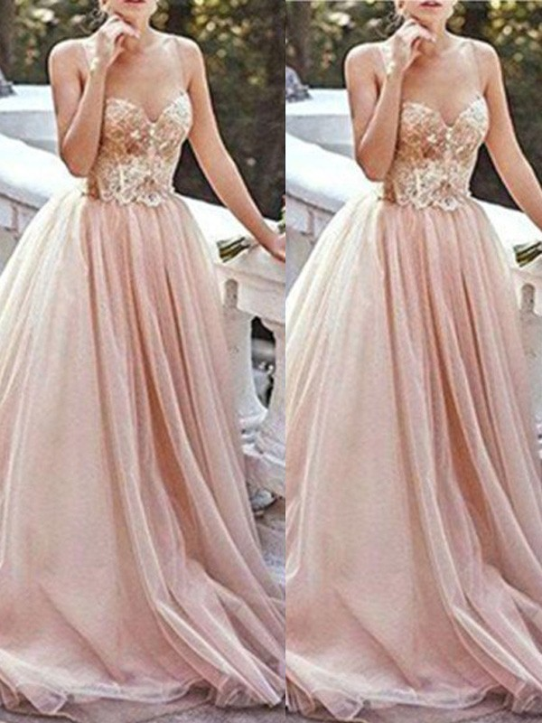 Stunning A-Line Sweetheart Sleeveless Sweep/Brush Train Tulle Dress