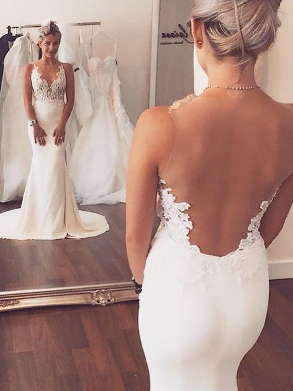 Fashion Mermaid Spandex Scoop Sleeveless Court Train Wedding Dress