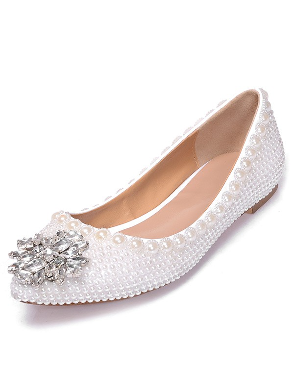 Beautiful Women Patent Leather Closed Toe Flat Heel Pearl Casual Flat Shoes