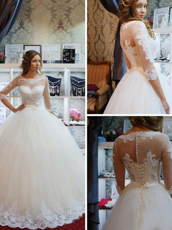 Gorgeous Ball Gown Tulle Scoop 1/2 Sleeves Floor-Length Wedding Dress