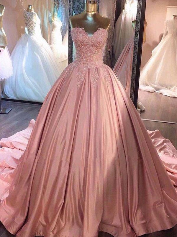 Exquisite Ball Gown Sleeveless Sweetheart Court Train Lace Satin Dress