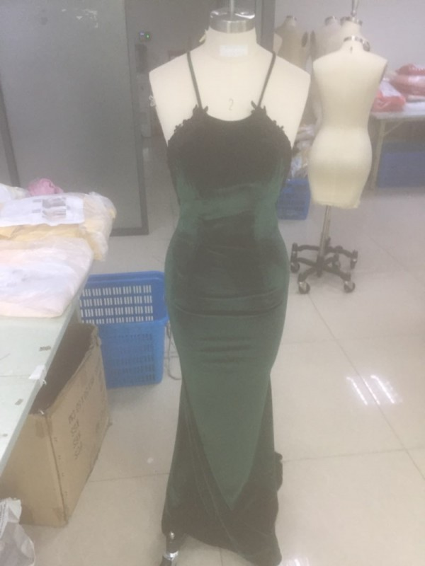 Stunning Mermaid Sleeveless Halter Sweep/Brush Train Velvet Dress