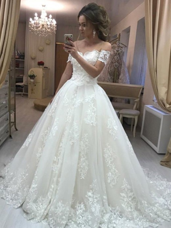 Discount A-Line Off-the-Shoulder Sleeveless Sweep/Brush Train Tulle Wedding Dress