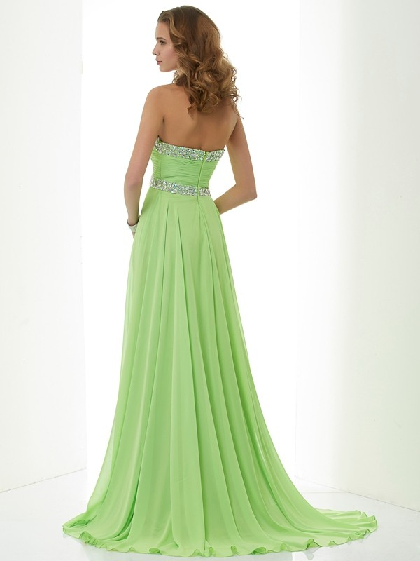 Beautiful A-Line Sleeveless Sweetheart Long Chiffon Dress