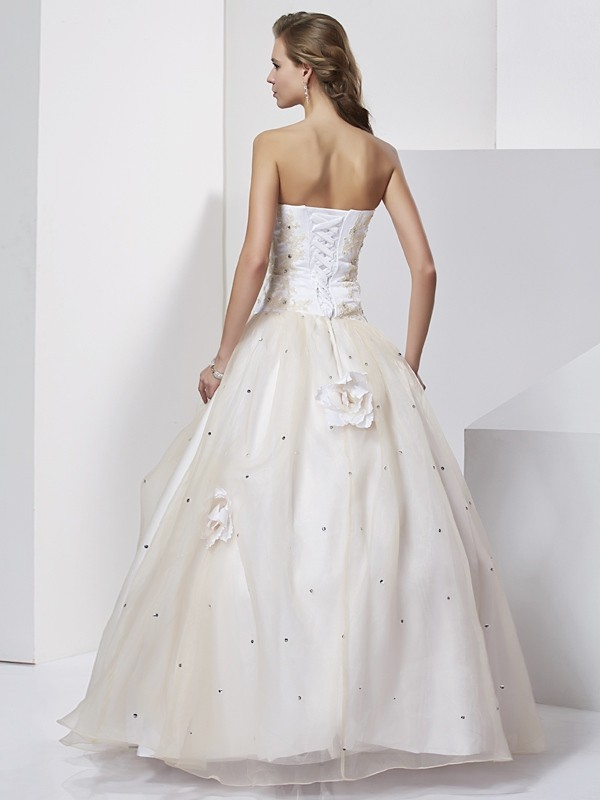 Elegant Ball Gown Sweetheart Sleeveless Long Tulle Quinceanera Dress