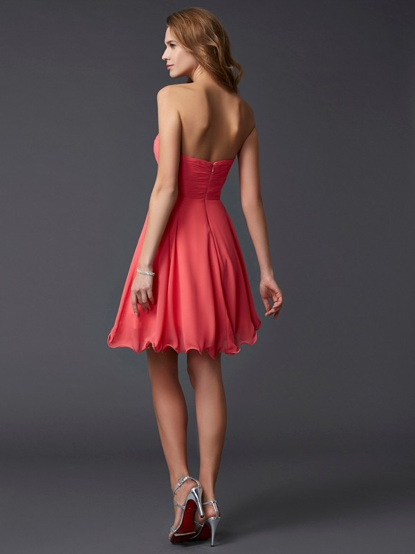 Chic A-Line Sweetheart Sleeveless Short Chiffon Homecoming Dress