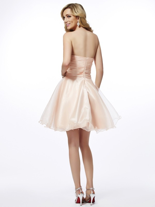 Chic A-Line Sweetheart Sleeveless Short Tulle Homecoming Dress