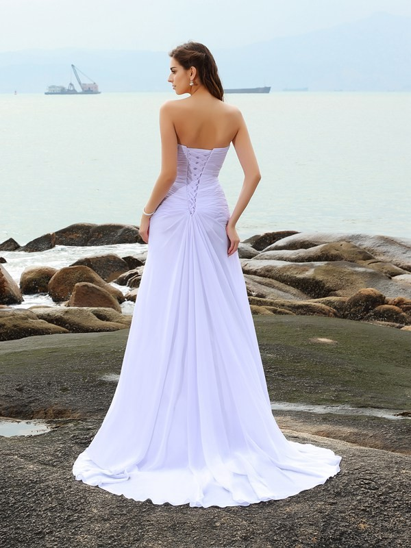 Exquisite Sheath Sweetheart Sleeveless Long Chiffon Beach Wedding Dress