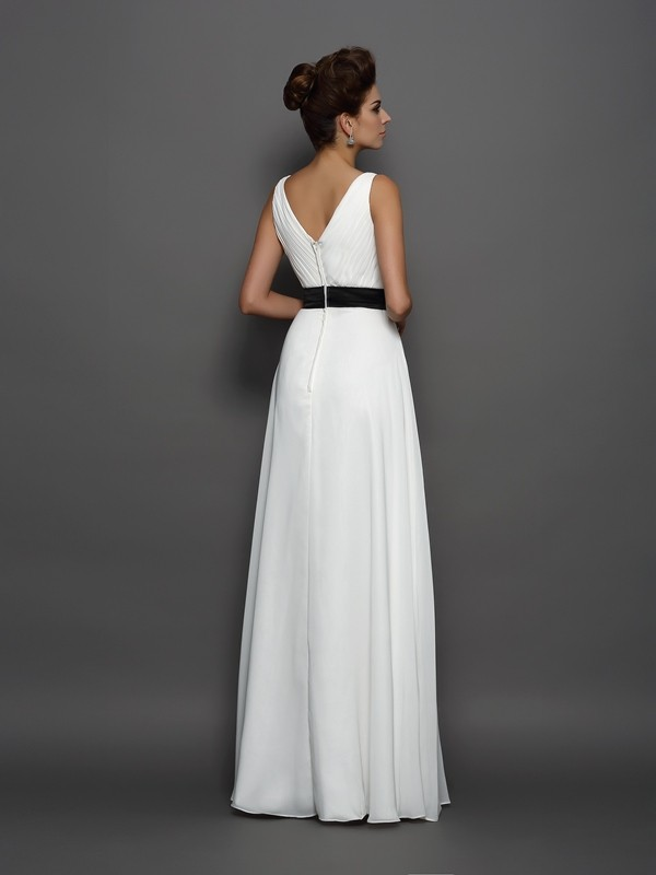 Charming A-Line V-neck Sleeveless Long Chiffon Wedding Dress