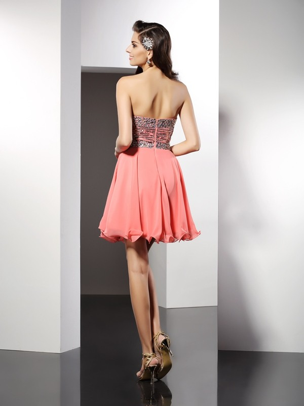 Charming A-Line Sweetheart Sleeveless Short Chiffon Cocktail Dress