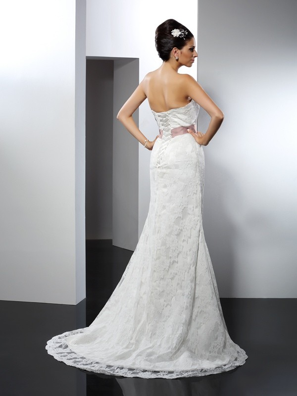 Gorgeous Mermaid Strapless Lace Sleeveless Long Lace Wedding Dress