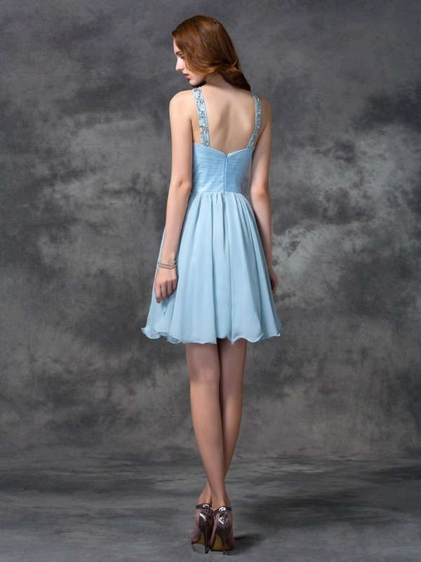 Amazing A-Line Scoop Sleeveless Short Chiffon Cocktail Dress