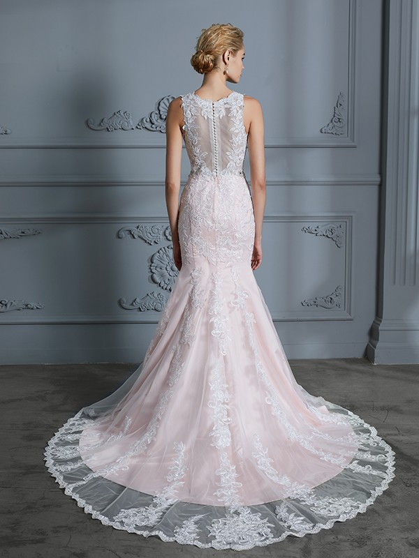 Unique Mermaid V-neck Sleeveless Tulle Court Train Wedding Dress