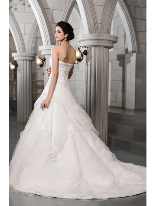 Beautiful A-Line Sweetheart Sleeveless Long Organza Wedding Dress