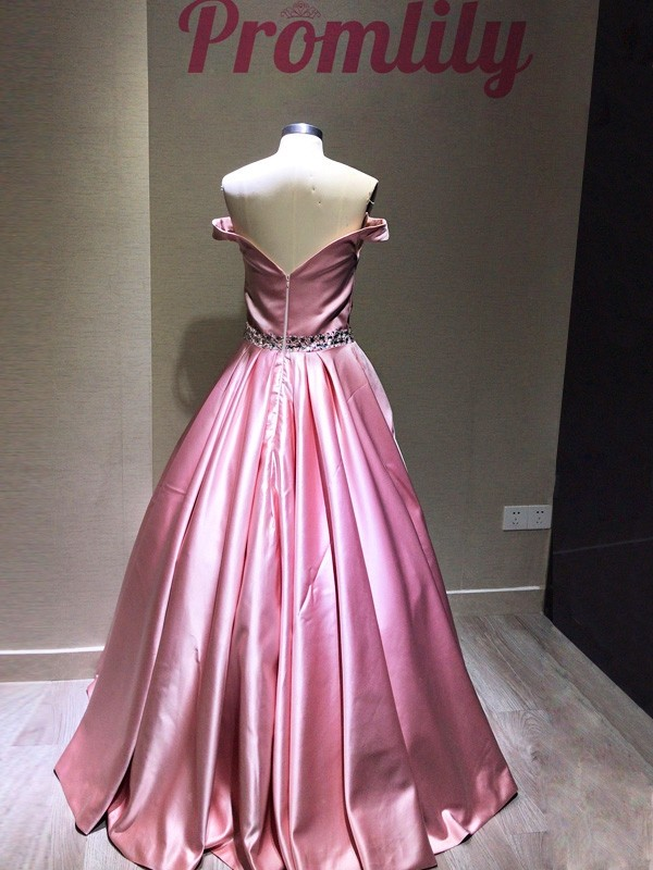 Gorgeous A-Line Sleeveless Off-the-Shoulder Floor-Length Satin Dress