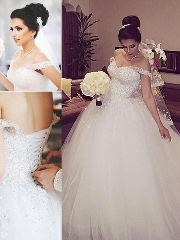 Affordable Ball Gown Off-the-Shoulder Sleeveless Lace Court Train Tulle Wedding Dress