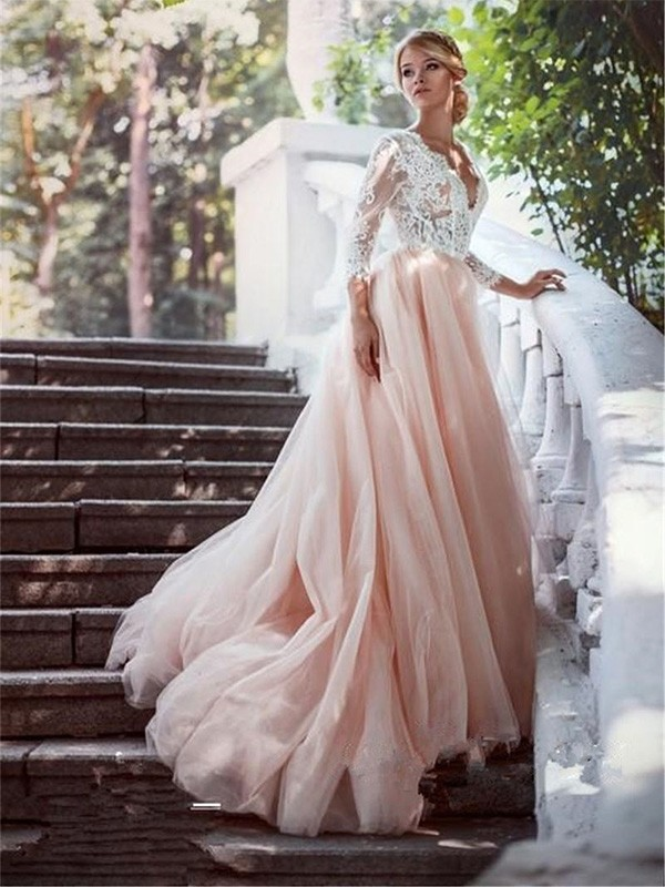 Elegant Ball Gown V-neck Court Train Long Sleeves Tulle Wedding Dress