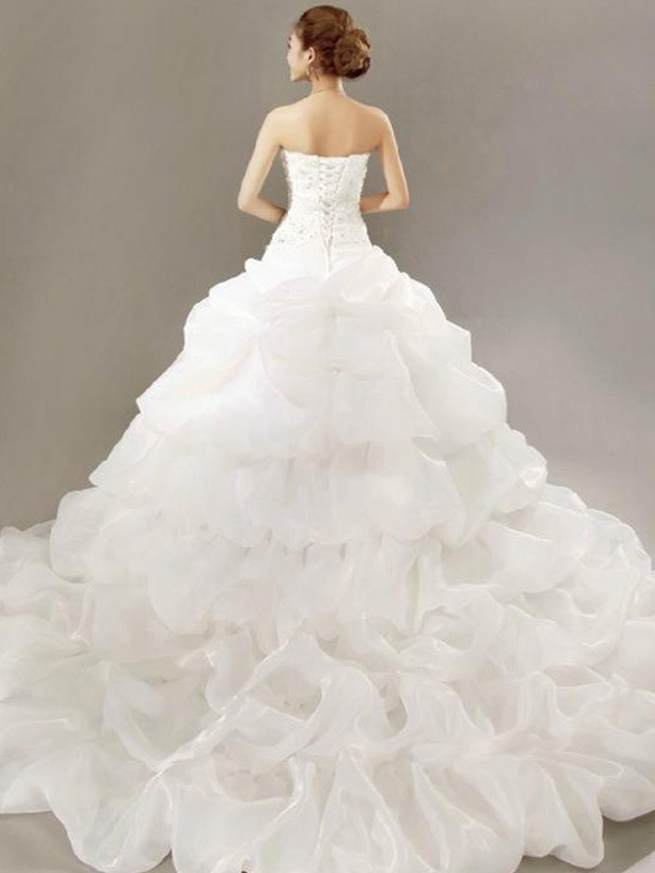 Exquisite Ball Gown Sleeveless Strapless Cathedral Train Lace Organza Wedding Dress